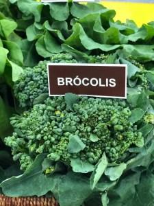 Brócolis na Chapa com Molho de Amendoim e Gengibre