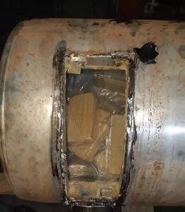 cocaína em tanque de caminhão em Boituva