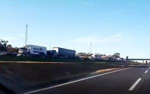 Acidente entre caminhões em Campinas