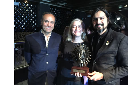 Trine and Josefine win RoundGlass Music Award 2018 :)
