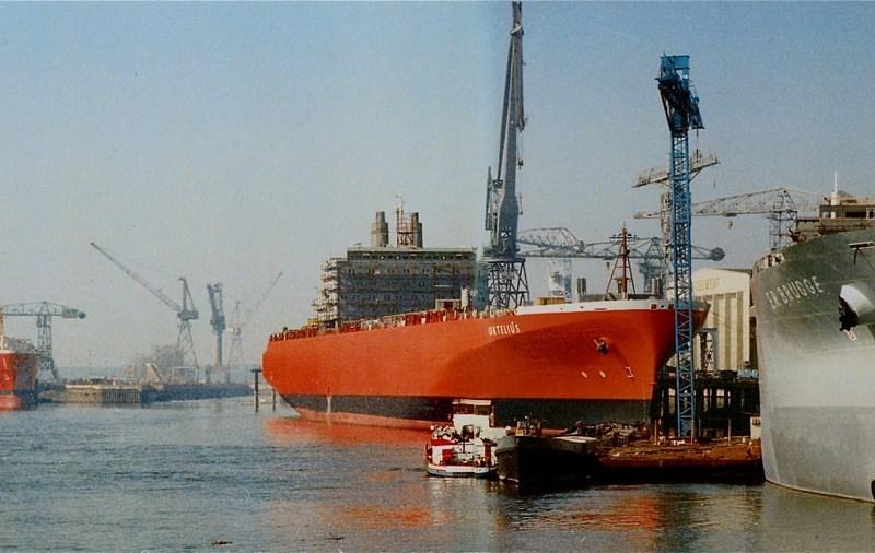 4 schepen (Temse - Methania (achteraan), Ortelius -E.R. Brugge (vooraan), op het toppunt van Boelwerf in 1978