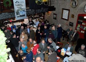 Veel volk in wijnbar de Correctie