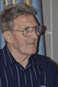 Wij melden het overlijden van Oswald Buyens. Geboren op 11/06/1932 en overleden op 03/10/2015.