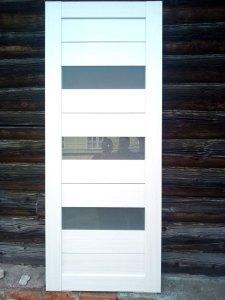 Остекленная сборно-разборная дверь из МДФ