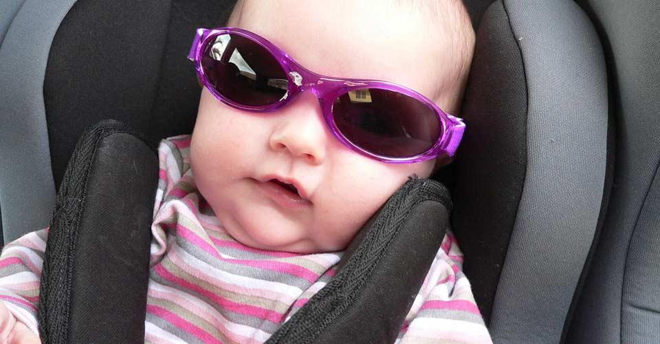 Precauciones para  proteger los ojos de sus hijos de la radiación UV
