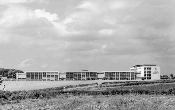 Standard Telecommunication Laboratories in 1964