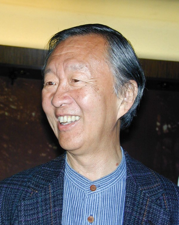 Charles Kao in 2002