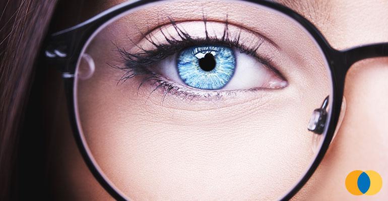 01b3c7c7f Para que são utilizadas as lentes unifocais? Opticlasse