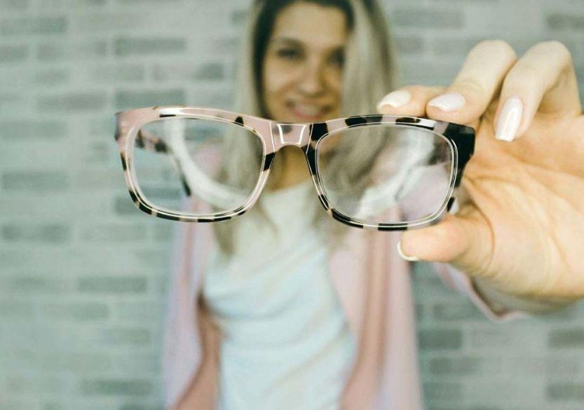 zhotovení brýlí