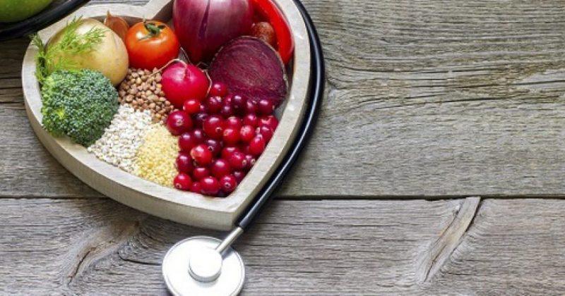 Verdens største organisasjon for fagpersoner innen ernæring har konkludert med at vegetariske kostholdstyper er helsefremmende og fullverdig