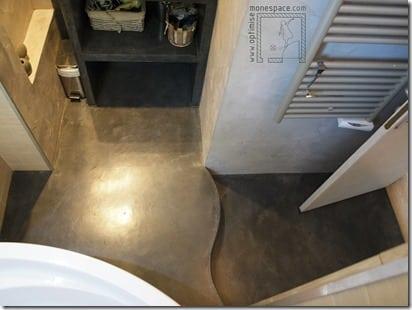 salle-de-bain rehaussée béton ciré 2