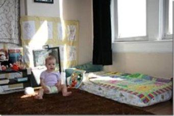 lit montessori bébé