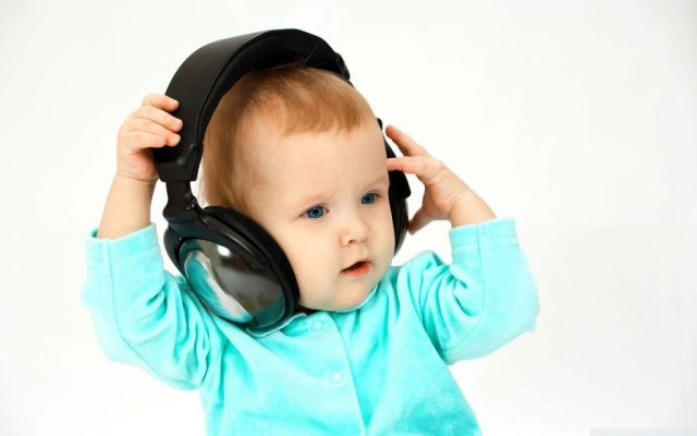 a-lovely-baby-listening-songs-funky-baby-walls