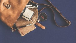 25 Items Every Woman Should Have In Her Purse | Handbag Essentials