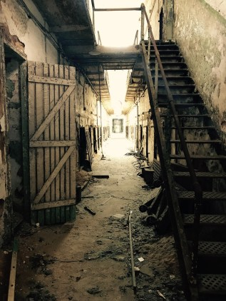 penitentiary-2394209_1920