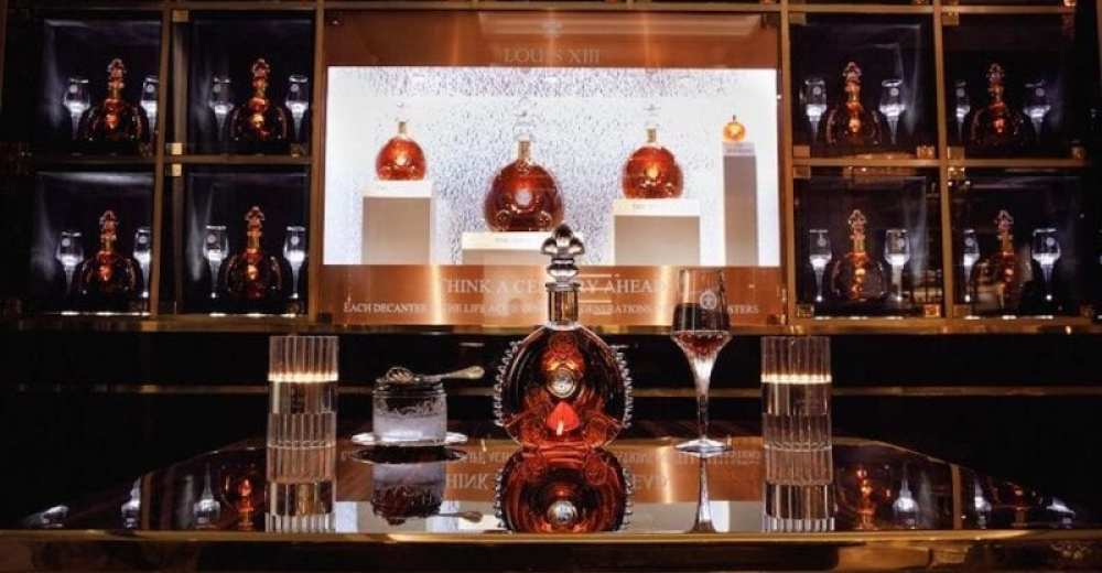Discover The LOUIS XIII Lounge In The Davidoff Club, Moscow