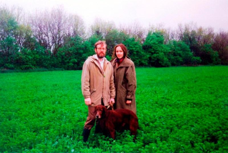 1995.05.04 На натаске. С ирландским сеттером АПАШЕМ и дочкой Катей. Пески, близ Донецка.