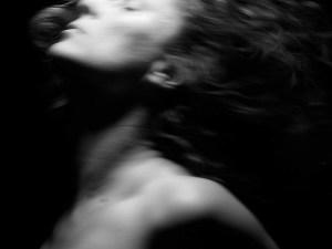 Marie Sigal, nudité agitée