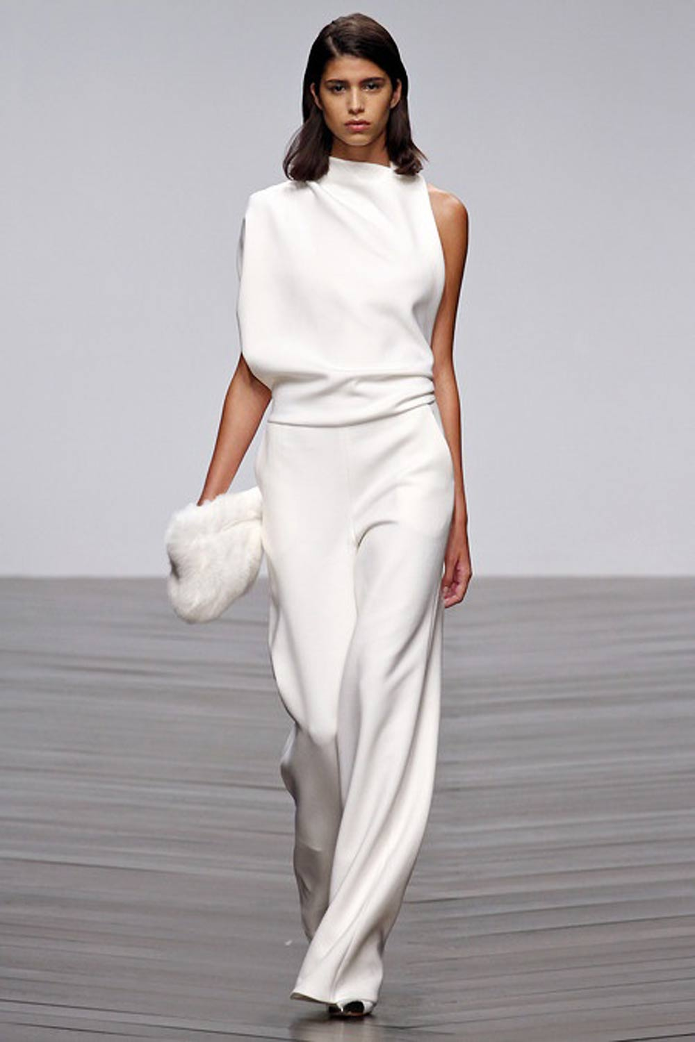 Slinky, Outfit, white, black, monochrome, monochromatic, celine, coat, pants, shirt, bag, oracle, fox, tumblr