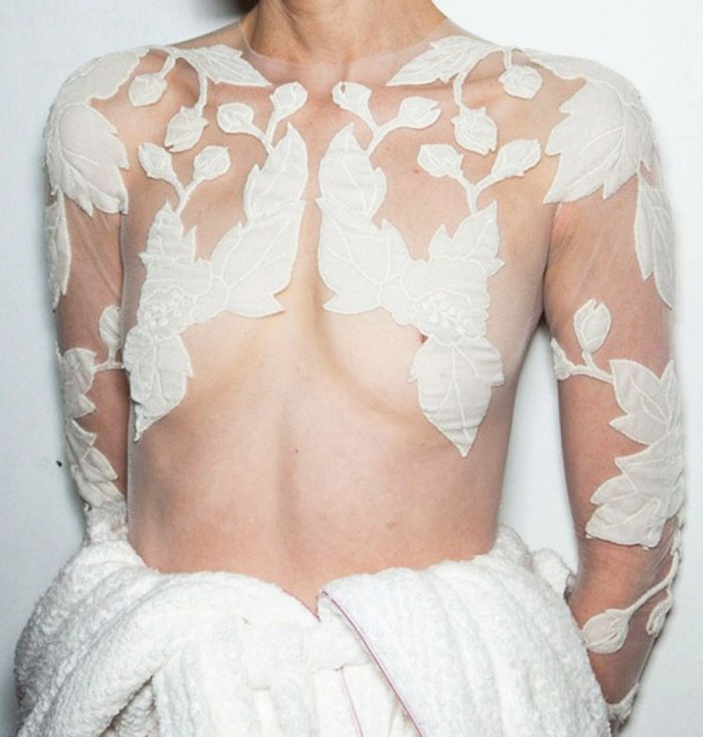 fashion , editorial, white, christmas, runway, silver, glitter, details, new years eve, white interiors, white, inspiration, oracle fox