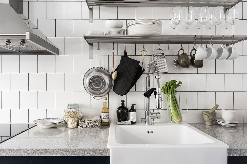 Oracle-Fox-Sunday-Sanctuary-White-Bakers-Tiles-Scandinavian-Kitchen-Interior-Sink