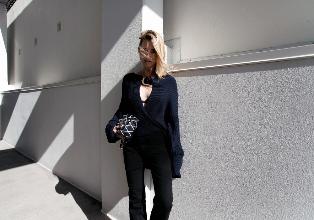 Chloe, Chloe knit, black jeans, black denim jeans, louis vuitton bag, louis vuitton, black sunglasses