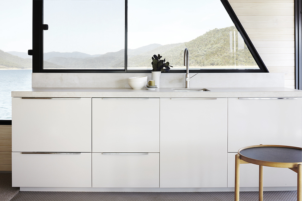 Oracle, Fox, Sunday, Sanctuary, Eildon, Houseboat, Scandinavian, Design, minimal, Interior, kitchen