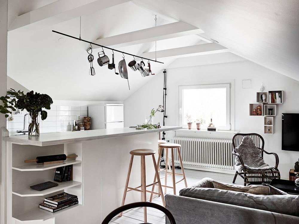 Oracle-Fox-Sunday-Sanctuary-Elsewhere-Small-Apartment-living-Alternative-Scandinvian-Interior-9