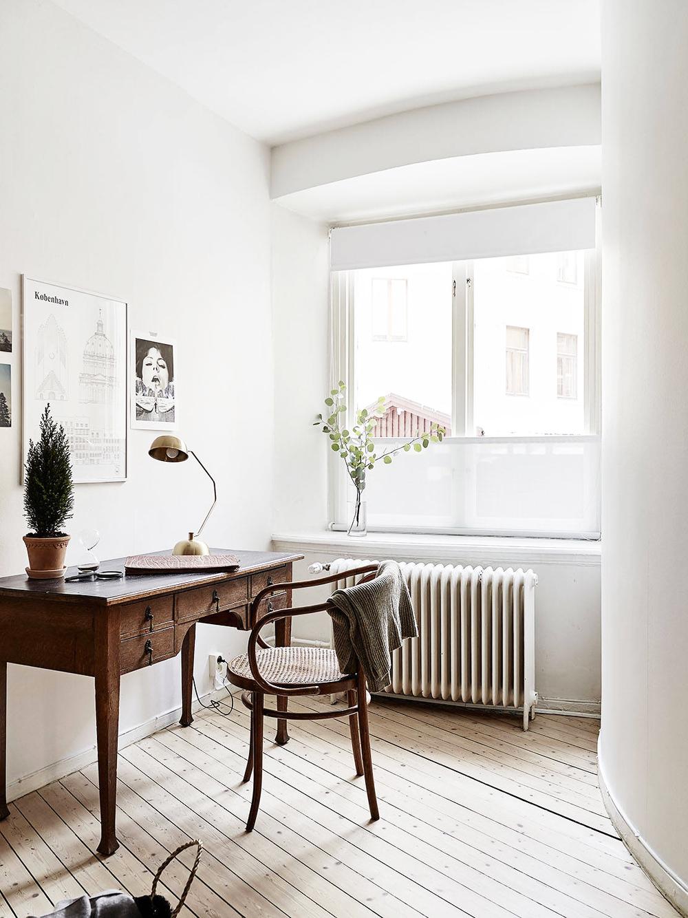 Oracle, Fox, Sunday, Sanctuary, Detail, Oriented, Black, and, white, Scandinavian, Interior, desk, Minimalism