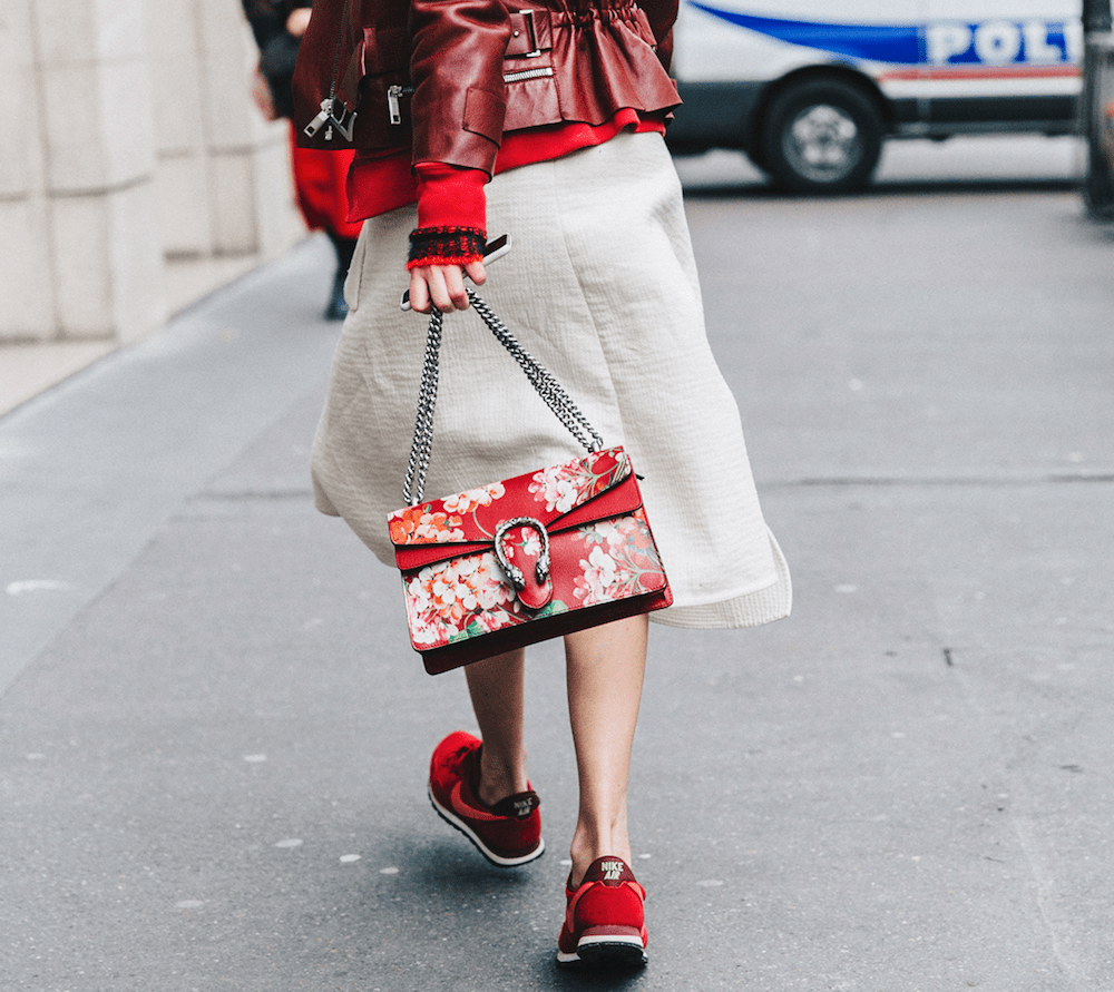 15.PFW-Paris_Fashion_Week_Fall_2016-Street_Style-Collage_Vintage-Camille-Midi_Skirt-Sneakers-Biker_Jacket-Gucci_Red-1