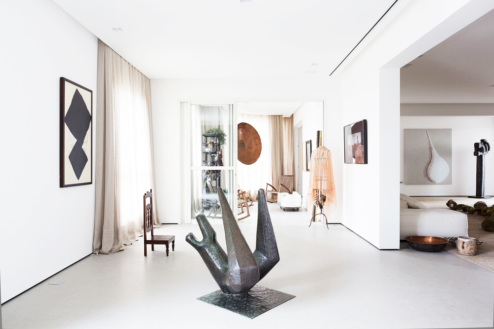 art collector, home, apartment, interiors, art, consuelo jorge, sao paulo, brazil, sunday sanctuary, oracle fox