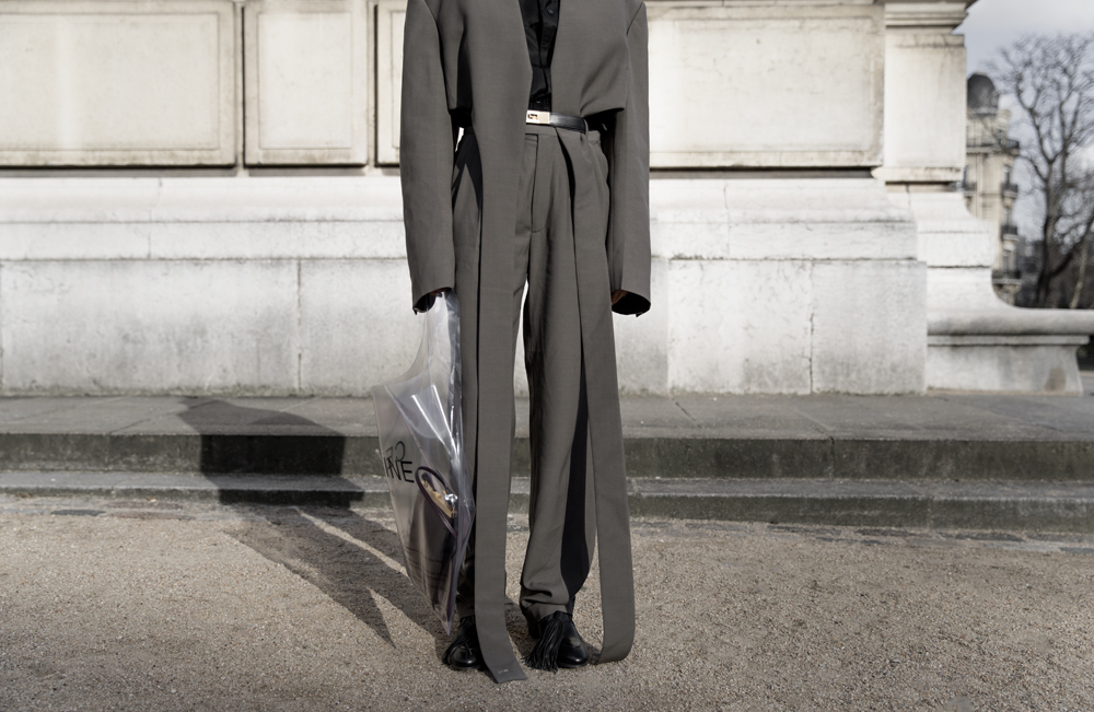 Celine, Spring Summer, 2018, Suit, Shoes, Plastic Bag, Sunglasses, Paris,