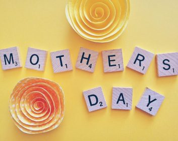mothers-day-1372456_1920-790x628[1]