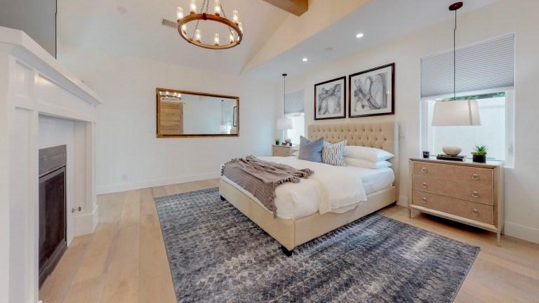 17041-Marina-Bay-Bedroom(2)