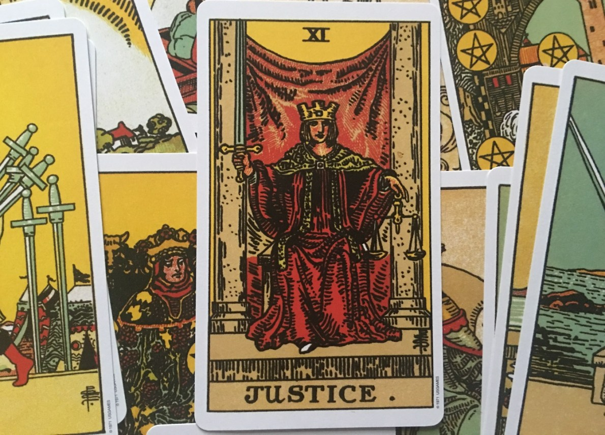 The Justice Tarot Card - Meanings in the Tarot Deck