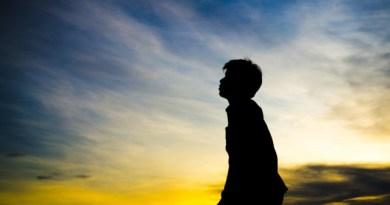 salmo 2 - Salmo 2 – Iluminar as pessoas que passam por um momento de dor