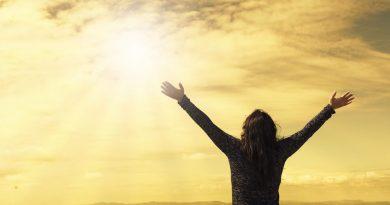 sky 2667455 1280 2 1092x667 - Oração contra a inveja