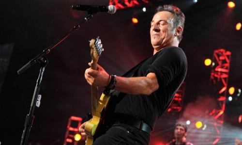 Bruce-Springsteen-la-scaletta-del-concerto-di-Oslo-video_h_partb.jpg
