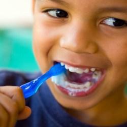 stop bleeding gums in children