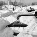 chi-blizzard67snow-ct0021503546-20050405