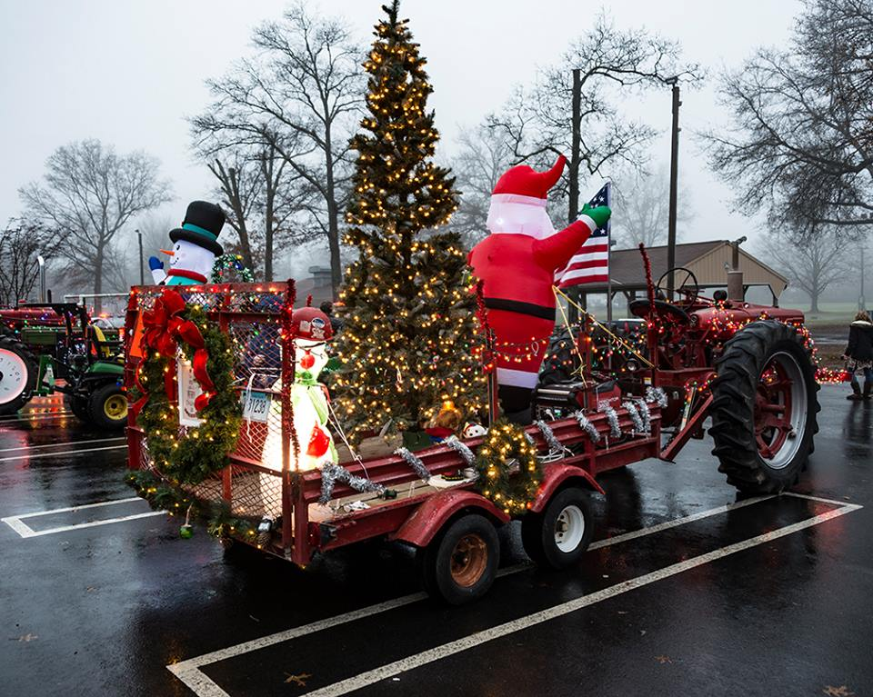 Tractor Parade A Tremendous Hit