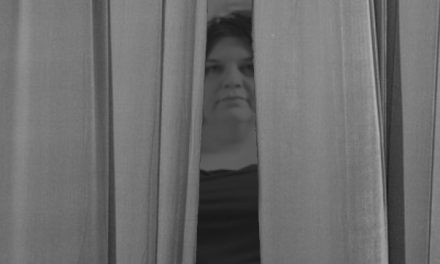 Glasgow Council leader hiding behind the curtains