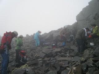 奥穂山頂準備風景