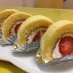 いちごのふわふわロールケーキ C