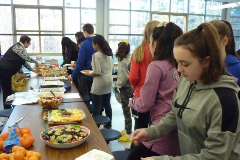 Amity Middle School In Orange Hosts Fundraiser Breakfast To Support Mariposa Dr Foundation