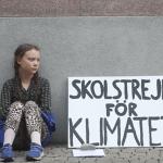 Protes pelajar berumur 15 tahun ni telah jadi fenomena di seluruh dunia. Ini kisahnya