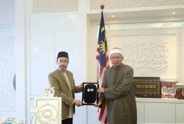 Mufti Wp Baharu Dr. Luqman