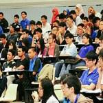 Disebabkan mahasiswa cuma belajar dari rumah, ada tuntutan supaya yuran universiti diturunkan
