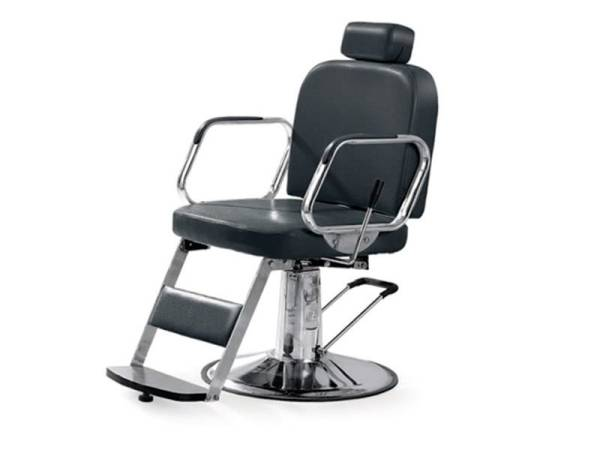 Male Hairdresser Chair 1