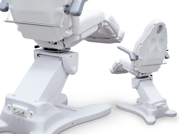 Electric Multifunctional Chair with 4 Motors 2